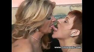 mature Lesbos