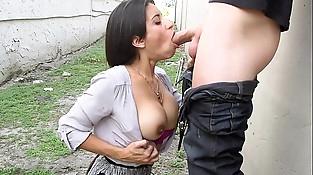Spanish Milf Gives Oral pleasure In Public