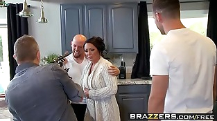 Brazzers - Mommy Got Boobs - (Ashton Blake), (Mike Mancini) - Pimp My Mom
