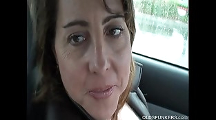 Sexy Mummy is so horny she plays with her cunt in public