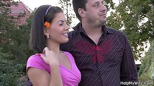 Lovely cockblowers cuckold spouse