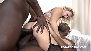 Granny whore Marina Beaulieu fucked like a bitch by 2 Black mushy