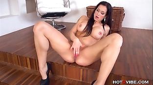 Mouth Watering Mummy Orgasms