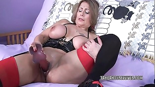 Curvy MILF Sandie Marquez fucks her mature twat with a plaything