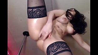 hot honey masturbating her unshaved pussy live on sexyroulete.tk