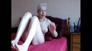 Amateur. Gorgeous horny granny masturbates