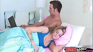 Jessa Rhodes and big boobs stepmom Jennifer Best crazy 3some