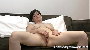 Horny MILF Masturbating Fleshy Cunt to Multiple Orgasms