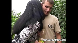Youthfull Gardener Gets To Fuck His Horny Mature Client