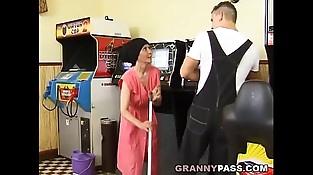 Muscle Guy Fucks Gross Granny