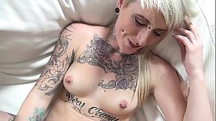 Povbitch Rock tattoo pierced mummy spitting sperm after cumshot